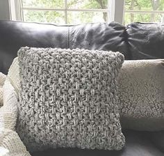 Chunky Crochet Textured Pillow Cover Pattern
