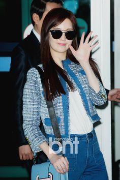 SNSD Yuri and SeoHyun are off to Hong Kong for Pantene's event ~ Wonderful Generation ~ All About SNSD, Wonder Girls, and f(x)
