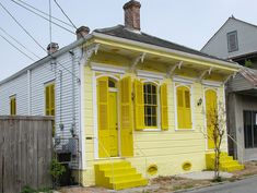2-toned yellow house