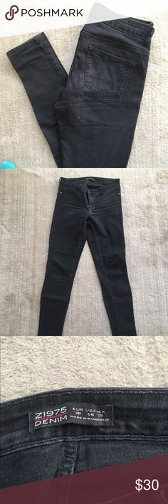 Zara Black Skinny Jeans Previously worn with some color fading on legs as pictured. No rips or tears. Open to reasonable offers through feature! No trades! Zara Jeans Skinny