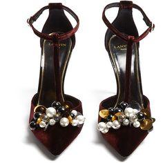 Lanvin Embellished velvet pumps (3.935 RON) ❤ liked on Polyvore featuring shoes, pumps, heels, lanvin shoes, lanvin pumps, velvet pumps, embellished pumps and velvet shoes