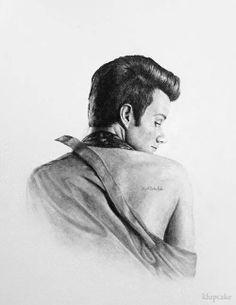 Kurt and his tattoo
