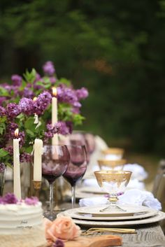 For the love of lilacs- Outdoor spring table setting - There is something about lilacs that simply speaks vintage cottage charm... and that I am pretty much obsessed with. Maybe it is...