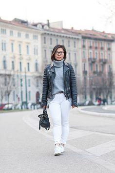 Daily outfit - Grey turtleneck, white jeans & black leather jacket   Xssat Street Fashion