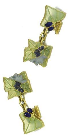 Lalique 1900 Bacchus Cufflinks: gold & enamel, painted en plein w/the face of the wine god w/in plique-à-jour vine leaves & opaque enamel grapes