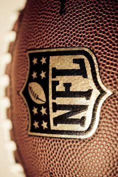 NFL american football drills – Daily Sports News Nfl Football, American Football Nfl, Football Lines, Football Tattoo, Football Drills, Football Design, Football Season, Football Helmets, Cool Football Pictures