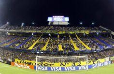 Boca Juniors es el equipo con mayor porcentaje de hinchas en su país en el planeta, ya que el 44,4% de las personas del país son hinchas de este club.