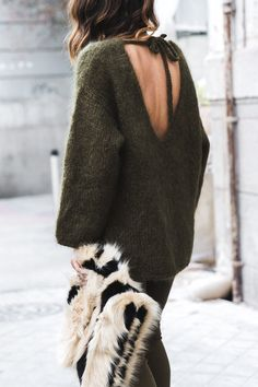 KHAKI LOVES KHAKI (via Bloglovin.com )