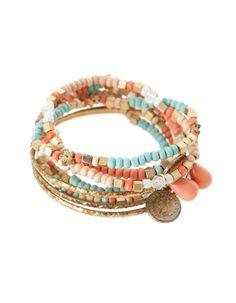 Set ocho pulseras y charms