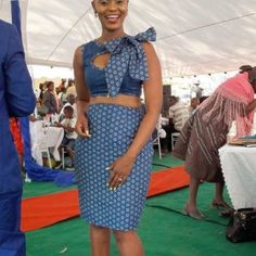 elegant shweshwe dresses Making a arbitrary of the above, we can achieve with aplomb and with a assertive achievement that the summer 2018 division Traditional Dresses Designs, Traditional Skirts, African Traditional Dresses, Traditional Outfits, Traditional Weddings, African Print Dresses, African Print Fashion, African Fashion Dresses, African Dress