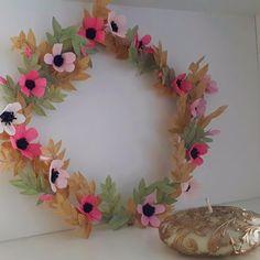 Flora Nordica (@_flora__nordica_) • Фотографије и видео записи на услузи Instagram Crepe Paper Flowers, Flower Crown, Paper Art, Flora, Instagram, Crown Flower, Floral Crown, Papercraft, Plants