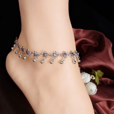 76ae41186a New Charm Anklets for Women Vintage Foot Jewelry Ancient Silver Color  Flower Ankle Chain Bracelet 1PC