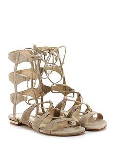 SCHUTZ - Sandalo basso - Donna - Sandalo basso in camoscio con allacciatura su gambale e suola in cuoio. Tacco 20, applicazione metallica su retro. - BEIGE - € 200.00