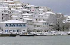 Greece in winter Weather And Climate, Greece Islands, Backpacking Europe, Winter Travel, Trip Planning, The Good Place, Beautiful Places, Places To Visit, Italy