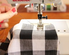 HOW-TO-SEW-WITH-DELICATE-FABRIC