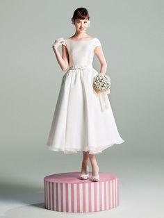 ロザリウム Modest Wedding Dresses, Wedding Gowns, Short Dresses, Prom Dresses, Tea Length Wedding Dress, How To Make Clothes, Kimono Dress, Marie, White Dress