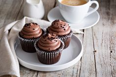 I DON'T need an excuse to get baking, and it's a great activity to do with the kids. So this week I bring you chocolate muffins – a delicious treat to enjoy with a cuppa or even pack up in a picnic. Chocolate muffins Makes: 12Prep time: 15 minutesCook time: 13-15 minutes YOU WILL NEED: […]