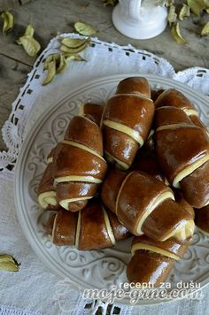 Slatke šarene kiflice Cake Roll Recipes, My Recipes, Cookie Recipes, Dessert Recipes, Bosnian Recipes, Jewish Recipes, Sweet Pastries, Bread And Pastries, Braided Nutella Bread