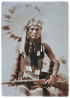 Spotted Hawk - Northern Cheyenne - 1889 The picture was printed backwards. Check out the loading gate on the rifle. Native American Pictures, Native American Beauty, Native American Tribes, American Indian Art, Native American History, American Indians, Indian Pictures, Navajo, Photo Post Mortem