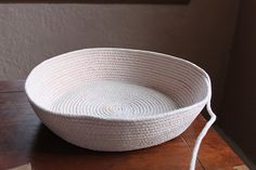 Cotton clothesline baskets! I absolutely MUST try this out!