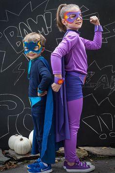 Easy Knitting Stitch To Make Voluminous Patterns Homemade Superhero Costumes, Superhero Halloween Costumes, Handmade Halloween Costumes, Batman Costumes, Homemade Halloween, Halloween Kostüm, Diy Costumes, Costume Ideas, Holiday Costumes