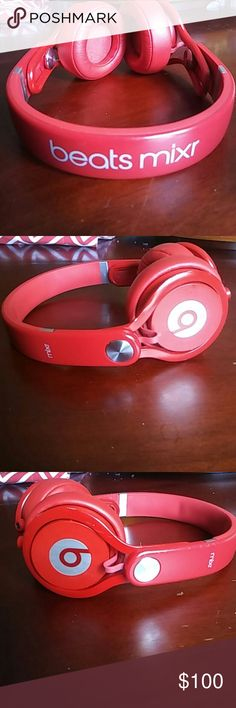 Beats by Dr.Dre mixr- Lightweight Dj headphones (Red) Is very lightweight In great condition, no scratches at all. In-line smartphone remote and mic (not pictured) Dual inputs Very good to drown out noise of people through hallways; great for a new school year. Beats by Dr.Dre Other