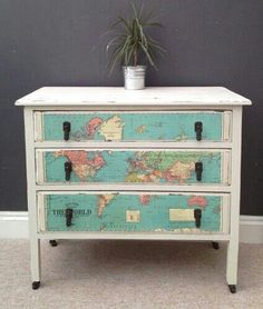 Map drawers Decoupage Furniture, Hand Painted Furniture, Repurposed Furniture, Shabby Chic Furniture, Furniture Projects, Furniture Making, Furniture Makeover, Furniture Decor, Furniture Design