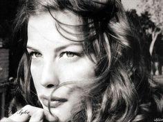 Liv Tyler... Gorgeous! :)