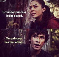 The 100 moments: Grounder princess looks pissed. II Bellamy Blake, Raven Reyes (and Clarke Griffin) II Bellarke