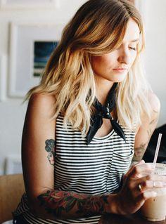 How To Effortlessly Wear A Neck Scarf   wearfranc.com