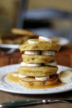 Gluten-Free Brown Rice Flour Banana Pancakes   http://www.theroastedroot.net #glutenfree