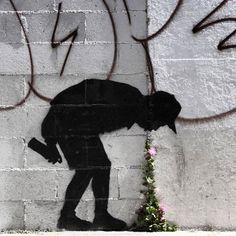 @banksy.co.uk in New York.  http://ift.tt/1l5Xib4 by streetartglobe