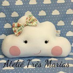 Nuvem em feltro para decoração, almofada nuvem, festa nuvem, decoração quarto de bebê, mesversario, maternidade, chá de bebe, chuva de amor