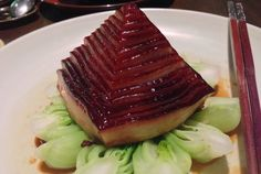 Foodies alert! 28 Hubin Road at Hyatt Regency Hangzhou not only is one of the top 50 restaurants in Asia, but also a world-class food spot of Michelin standard. Their signature pagoda-like Dongpo Pork(東坡肉) dish is braised for hours and sure will melt in your mouth. #travelogue #travel #Hangzhou #beautiful #scenary #photography  #gorgeous #romantic #urbanlife #urbanite #city #citylife #nature