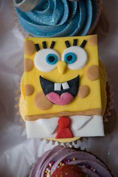 Spongebob Squarepants Cupcake Personalised Cupcakes, Mini Cakes, Spongebob Squarepants, Cake Ideas, Desserts, Gifts, Food, Custom Cupcakes, Tailgate Desserts