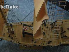 Vendo Vendo maqueta de barco velero hecha a mano, adjunto fotos para que las podais ver. precio 60 euros mas gastos de envio salvo entrega e...
