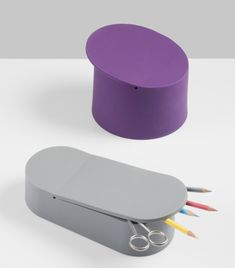 Collection of small silicone pots.
