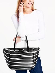 LOVE this striped #katespade tote - only $79 - sale ends today! http://rstyle.me/n/gx6p5nyg6