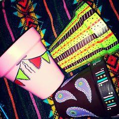Diseño en macetas de barro Flower Pots, Flowers, Avengers, Large Cork Board, Holidays Events, Painted Flower Pots, Mud, Plants, Flower Vases