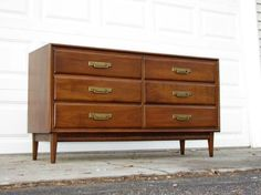 i love mid century furniture