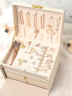 Jewellery Boxes, Jewellery Storage, Jewelry Organization, Jewelry Tray, Jewelry Holder, Pearl Jewelry, Crystal Jewelry, Indian Jewelry, Jewelry Crafts