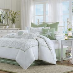 Discover the best coastal bedding sets and beach bedding sets. You will love our beach home bedding sets like comforters, quilts, and duvet cover sets. Tropical Bedding, Beach Bedding, Coastal Bedding, Coastal Bedrooms, Luxury Bedding, Nautical Bedding, White Bedding, Nautical Theme, Ocean Bedding