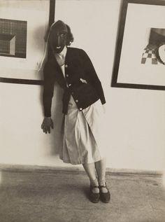 Architecture of Doom Frieze Magazine, Bauhaus Building, The Drawing Center, Terence Conran, Berlin, Ludwig, Pioneer Woman, Art School, Portrait Photographers