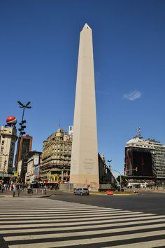 MisteriosaBsAs: El Obelisco / The Obelisk Argentina South America, Argentina Culture, Chile, Argentina Travel, Famous Places, Travel Design, Tour Eiffel, Places Around The World, Landscape Photos