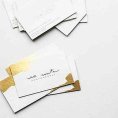 En Route Photography Gold Foil Business Cards / Design by Belinda Love Lee