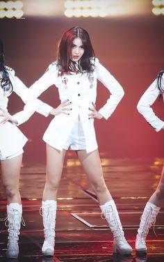 Kpop Fashion, School Fashion, Kpop Girl Groups, Kpop Girls, Choi Yoojung, Kim Sejeong, Jeon Somi, Stage Outfits, China