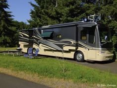 2009 Monaco Camelot 42FKQ for sale by Owner - Lewisville, TX | RVT.com Classifieds