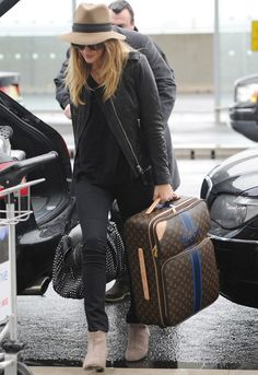 Traveling Today? Check Out These Comfy-Cute Outfit Ideas: Dressed: glamour.com