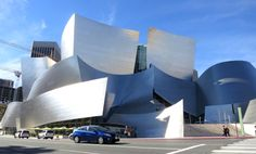 Walt Disney Concert Hall in Hollywood by Frank Gehry / alice_sp