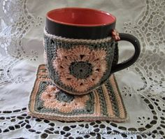 Needles and Brushes: Mug Rug by African Flower crochet pattern and Tutorial